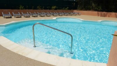 Hyères Strände Beheizte Schwimmbäder Kinderplanschbecken Aquakomplex