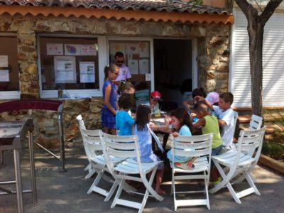 Kinder Club mit spielerischen Aktivitäten in Le Lavandou