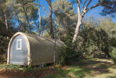 Ferien mit Freunden – preisgünstiger und naturnaher Campingplatz in der Provence
