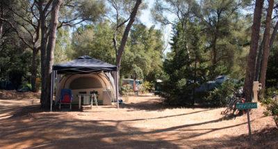 Mietobjekt: Stellplätze für Zelte und Wohnwagen für Ferien auf einem Campingplatz bei Porquerolles