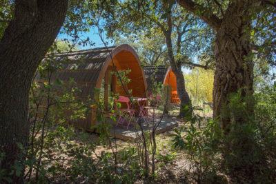 Ungewöhnliche Ferien in Holzhütten mit Freunden oder Familie