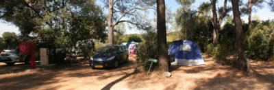 Stellplatz für einen Wohnwagen auf einem Campingplatz in Hyères