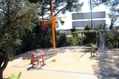 Hyänen Wasserspiele Ferien für Kinder