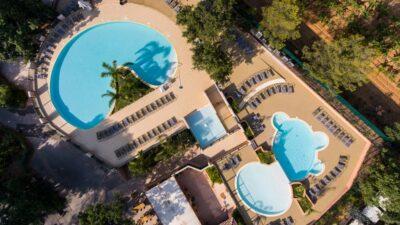 Hyères Strände Beheiztes Schwimmbad Aquakomplex
