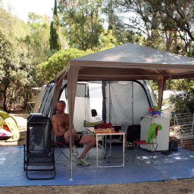 Stellplätze der Luxusklasse « Privilège XXL » - Zelte, Wohnwagen & Wohnmobile