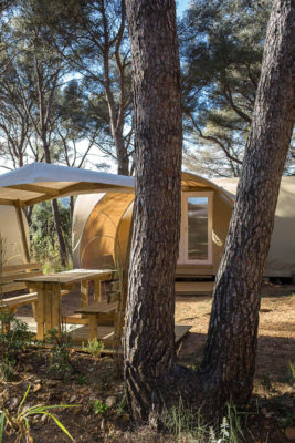 Mietobjekt: eingerichtete und möblierte Zelte für ungewöhnliche und preiswerte Ferien an der Côte d'Azur