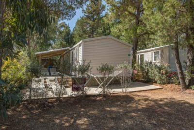 Ihr Mobilhaus mit Klimaanlage und allem Komfort für 6 Personen auf einem Campingplatz**** an der Côte d'Azur