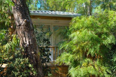 Viel Platz und Komfort in einem hochwertigen Mobilhaus mit Klimaanlage