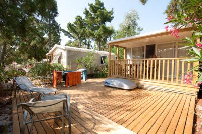 Hochwertiges und perfekt eingerichtetes Mobilhaus mit Klimaanlage
