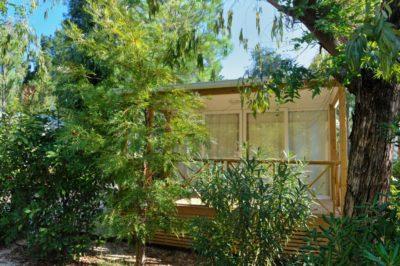 Naturnaher Campingplatz der Spitzenklasse mit hochwertigen Bungalows
