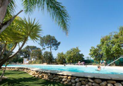 Côte d'Azur Beheizte Schwimmbäder Aquakomplex Ferien