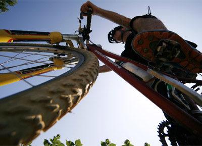 Ein Ausflug mit dem Mountainbike in der Nähe vom Campingplatz: die Panoramastrasse vom Maurengebirge