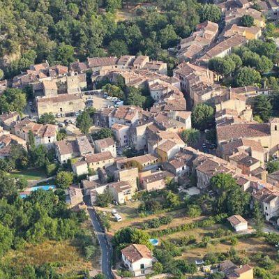Das Dorf Correns