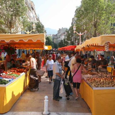 Toulon besichtigen