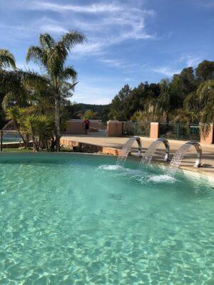 Bormes-les-Mimosas Aquakomplex Beheiztes Schwimmbad Massante Dusche