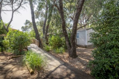 Barrierefreies Mobilhaus auf einem barrierefreien Campingplatz in der Provence