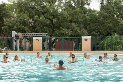 Beheiztes Schwimmbad Bäder Aquagym Sport Ferien