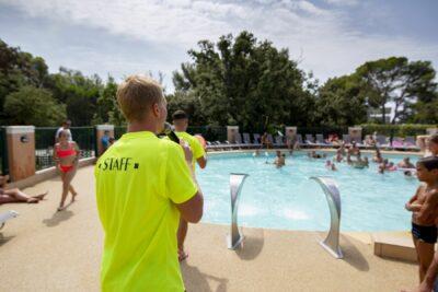 Camping Côte d'Azur Beheizter Pool Ferien Familie Animation