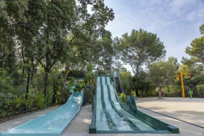 Schwimmbad Rutsche Wasserspiele Kinder Ferien
