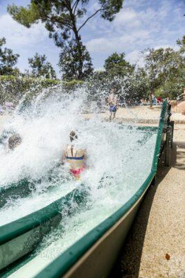 Lavandou Erlebnisbad Schwimmbad Planschbecken Rutschbahn Kinderanimation