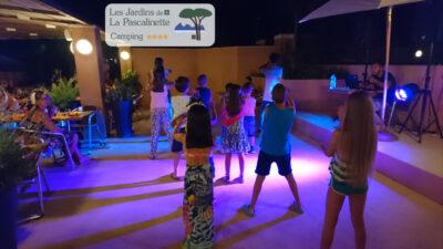 Tanzabende und Nachtleben für Ferien mit Freunden auf einem Campingplatz in Hyères