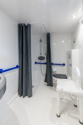 Mietobjekt: barrierefreies Mobilhaus mit Klimaanlage für Menschen mit Handicap auf einem Campingplatz