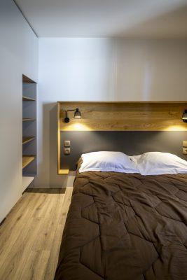 Ganz hochwertiges Mobilhaus mit viel Platz und Komfort auf einem Campingplatz