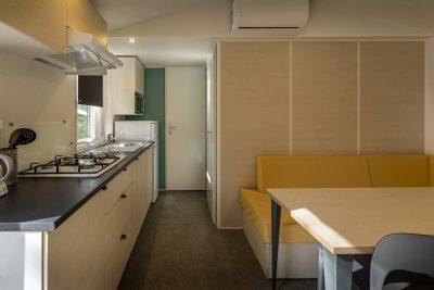 Sehr preisgünstiges und voll eingerichtetes Mobilhaus mit Klimaanlage
