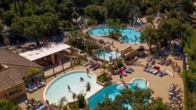 4 Pools, Rutschen und Wasserspiele zwischen Hyères und La Londe