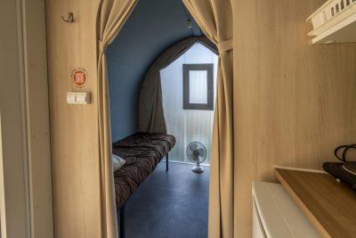 Campingplatz in Strandnähe – Geselligkeit und Komfort in einem ungewöhnlichen und preisgünstigen Zelt