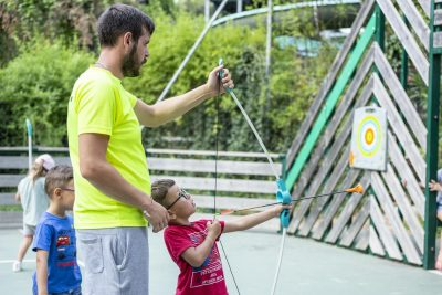 Aktivitäten auf dem Campingplatz - Sport im Kinder Club an der Côte d'Azur
