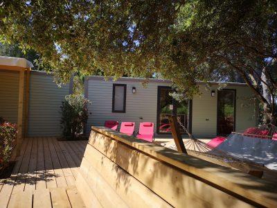 Ferien auf dem Campingplatz - 10 Personen in einem Haus mit Whirlpool in der Nähe der Strände von Hyères