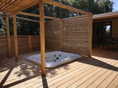 Luxusvilla für Ferien mit Freunden auf einem Campingplatz an der Côte d'Azur