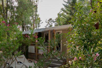 Hochwertiges Mobilhaus der Luxusklasse auf einem naturnahen Campingplatz in Hyères