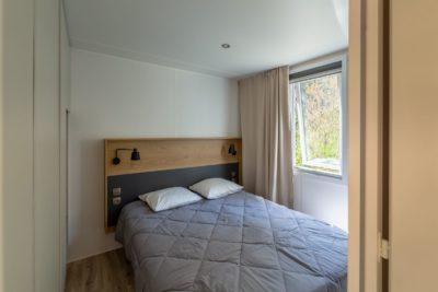 Schlafzimmer im Mobilhaus 1 der Ferienvilla - Ferien in Frankreich - Campingplatz****