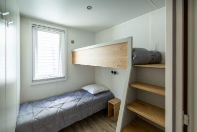 Schlafzimmer im Mobilhaus 2 der Ferienvilla - Ferien - grosse Familie in der Provence