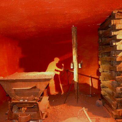 'Museum des Gueules Rouges' in Tourves